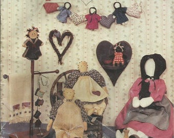 Vintage Heart Warmers Vol 1 Leaflet  Features Dolls, and Painted Wood and Tin Projects