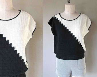 Vintage 80's slouchy sweater top BLACK & WHITE diagonal color block sleeveless - S/M