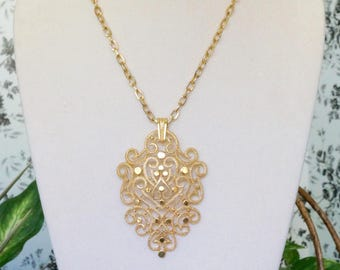 Free Shipping! Vtg. CROWN TRIFARI Gold Metal Large Filigree Pendant on Gold Color Chain- 28 inches