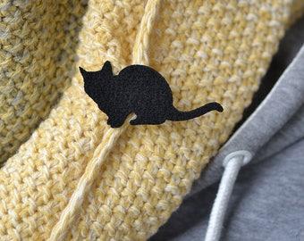 Felt Brooch cat Max