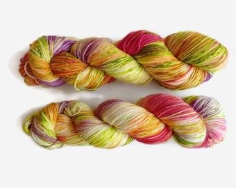 "Sock yarn, hand dyed - 4 ply fingering, 75/25 superwash merino and nylon, Sock&Roll base - Colourway ""Radioactive"""