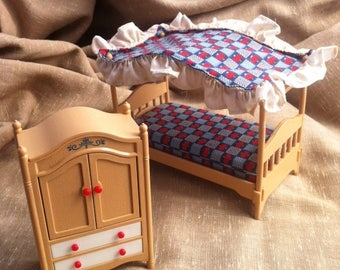 Vintage Miniature Bedroom Set - Dollhouse Furniture - Tomy - Wardrobe and Canopy Bed