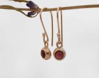 garnet and gold earrings 14k gold drop earrings garnet pebble earrings garnet drop earrings fine jewelry solid gold earrings garnet earrings