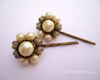 Vintage earrings hair grip - Victorian renaissance ivory pearls antique cluster simple minimalist girl embellish decorative hair accessories