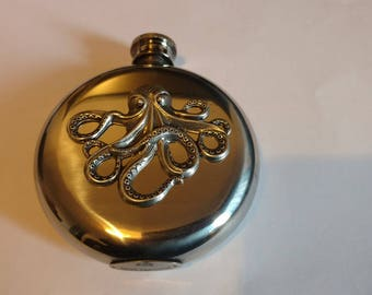 Release the Kraken  Octopus 5 oz Liquor Flask Stainless Steel Victorian Gothic Hip flask.