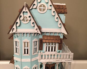 Victorian Hand Painted Lady Wooden Dollhouse