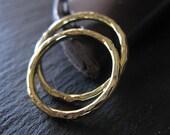 18K Green Gold Wedding Band Set Hammered Gold 18K Gold Wedding Band 2mm Set Wedding Band Wedding Ring Hammered Band Mens Wedding Band Rustic