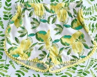 Lemon  Baby toddler girls pompom shorts