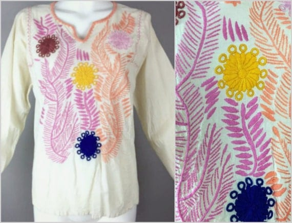 ViNtAgE 60's 70's Floral Oaxacan Mexican Embroidered Top Cotton Handmade Artisan BoHo Shirt HiPPiE Gypsy Free People Festival Coachella