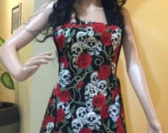 Roses And Skulls Womens Apron