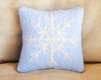 Cashmere Snowflake Hand Hooked Pillows, Blue