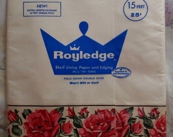 Vintage Royledge Red Pink Roses Floral Shelf Lining Paper Edging 15 Feet New in Package