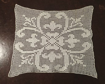 Vintage Hand Crocheted Doily Made from Cotton Ecru Crochet Thread , Chair Back , Pillow Cover Inset
