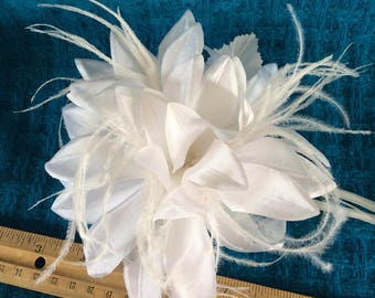 "Vintage 6"" White Silk & Feather Fabric Gardenia Flower Large Pin -OSB"