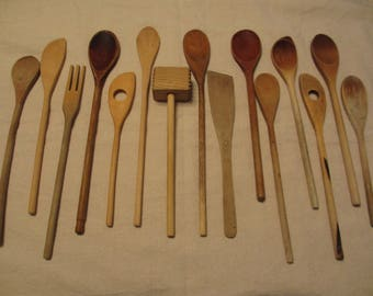15 Vintage Wooden Spoons, Wooden Utensils, Primitive, Rustic Home Decor, Photography Prop, Staging, Utensil Set #1