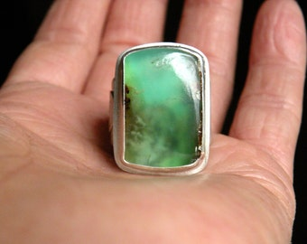 Sterling and Chrysoprase Ring - Down By The Sea