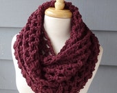 WINTER SALE / NORA - Chunky Infinity Scarf, Cowl ... Custom Colors Available