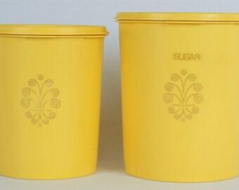 2 Tupperware Canisters Servalier Snap-On Press-Seal Tops 1 Large & 1 Medium Lemon Yellow