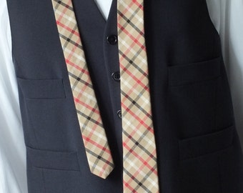 Slim necktie, plaid coton, mens handmade necktie, ships worldwide from Bagzetoile in France