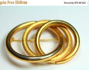 SPRING SALE Vintage Gold Tone Metal Triple Circle Brooch