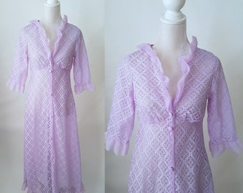 Vintage 1960s Purple Nylon Lace Ruffled Women's Robe