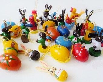 10 Vintage Easter Ornaments : 9 Vintage Hand Painted Erzgebirge Folk Art Eggs Bunnies Birds German + 1 Handmade Toadstool