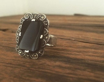 Vintage sterling and marcasite cocktail ring
