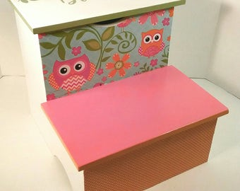 Bathroom Step Stool - Bedroom Stool - Orange and Pink Owl Step Stool - Toddler Step Stool - Bedroom Stool - Step Stool - DREAMATHEME