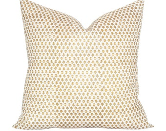 Bindi pillow cover in Gold