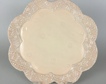 Flower Shape Serving Plate / Scallope Edge Platter / Bread Tray / Slip Design