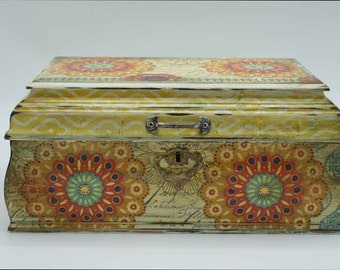 Decoupaged wooden keepsake box, boho themed box, gift box
