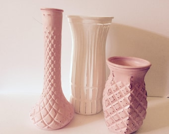 Painted Vases - Shabby Cottage Chic -  Spring Decor - Set Of 3 - Centerpiece Wedding - Distressed - Pink White - Vase Collection