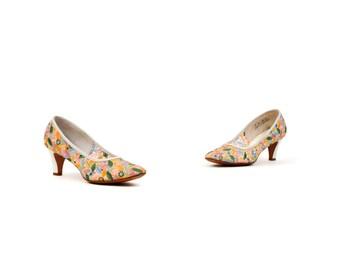 Vintage 1960's Romantic Sheer Mesh Pastel Floral Embroidered Floral High Heel Pumps Shoes 8