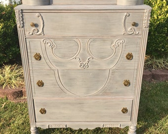 SOLD ** Vintage Chic French Grey Chest of Drawers / Dresser or Full Bedroom Set