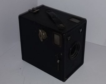 Antique Vintage black box camera Agfa D-6 CADET with handle OLD photo equipment photography
