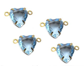 Four Piece Set of 10x9mm Heart-shaped Glass Jewel Connectors Light Sapphire