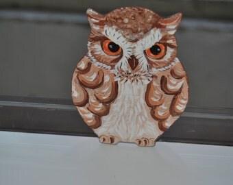 Hand Painted owl magnet. Feather Bird Mini Artwork. Fridge Kitchen Decor. Set of 1 MDF shape Owl