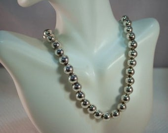 """1980's 10mm Sterling Bead 17-1/2"""" Necklace"""