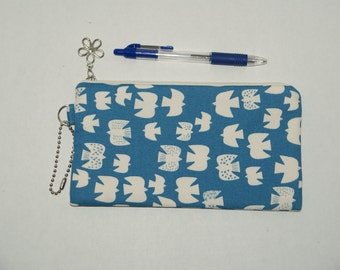 "Padded Zipper Pouch / Pencil Case / Cosmetic Bag Made with Cotton Oxford Fabric ""Migratory Birds - Blue"""