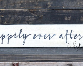 """Happily ever after""""  Rustic Wedding sign. Rustic wedding Decor, Rustic frame by Ladybug Design by Eu"""