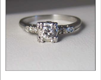 Antique Art Deco Platinum VS Diamond Engagement Ring