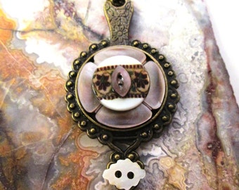 Vintage Button Necklace Jewelry: Mother of Pearl Floral and Bronze Patina