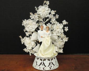 Vintage Wedding Cake Topper / Wedding Decor / Mid Century Cake Topper / Bride and Groom