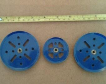1960 /67 vintage meccano pulleys