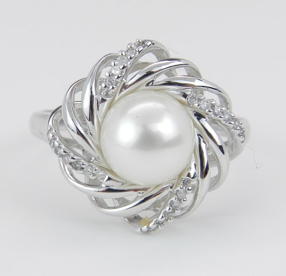 Pearl and Diamond Cluster Cocktail Ring 14K White Gold June Birthstone Size 7
