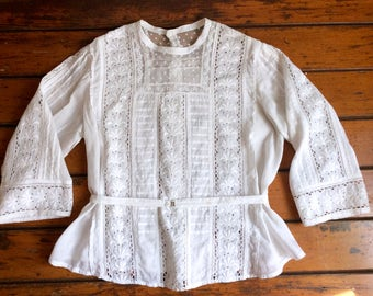Antique Edwarian blouse Fine lace camisole Corset cover victorian Top Summer white day cotton lace blouse Button down back Sweet delicate
