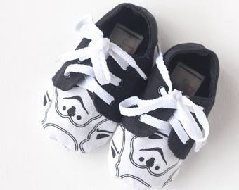 Baby shoes / toddler sneakers- lace up soft soled shoes in star wars theme.