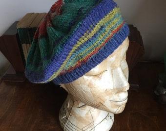 Handknitted vintage beret