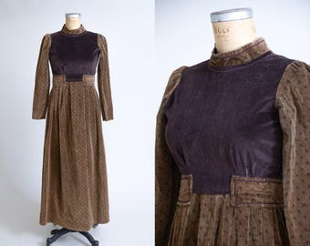 70s Renaissance Style Empire Waist Brown Velvet Bohemian Hippie Festival Dress