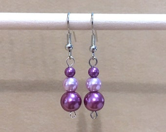Purple & Lavender Graduated Pearl Dangle Earrings, Simple Pearl Wedding Jewelry, Colored Pearl Earrings, Lavender Pearl Earrings Handmade